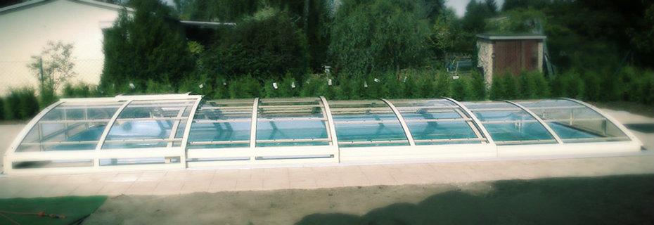 Pool fertigpools swimmingpools for Pool bestellen